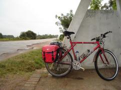 Cicloturismo GT Karakoram Cubo Schmidt Rohloff Cromo 11