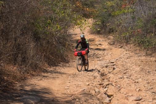 bikepacking sempre vivas serra do espinhaço foto arturo vieira (18)